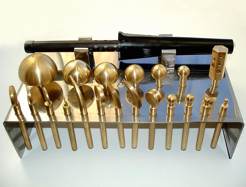 osnovnoy-komplekt-instrumentov